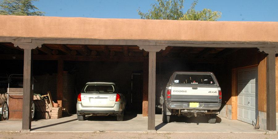 Livestock Barn, Barnyard, Garage | Ranch for Sale: About El
